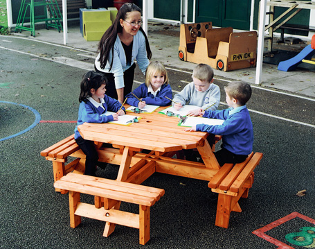 KS1-Octagonal-Bench-Main